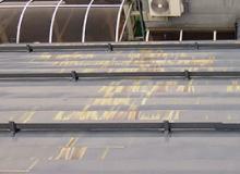 腐食によるトタン屋根の雨漏り