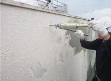 モルタル浮による外壁の雨漏り